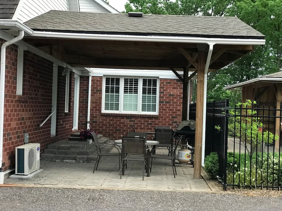 covered gas BBQ patio