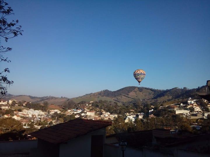 São Lourenço - Casa com vista Vale dos Pinheiros