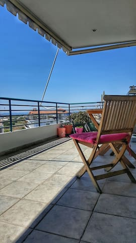 BEST APARTMENT NEAR TO THE SEA- Athens Riviera - Άλιμος - Lejlighed