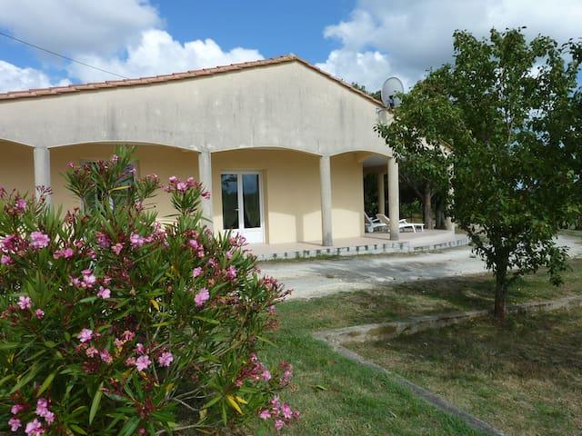 Maison classe 3 cles vacances au porte de Bordeaux - Saint-Vivien-de-Blaye - Ev