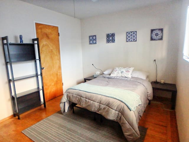 Room in downtown Livermore
