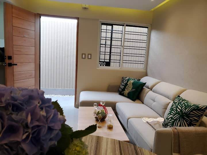 Apartment with jacuzzi and garden(7min USAembassy)