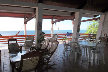Beautiful beach house with an ocean view El Velero - Puerto Sandino