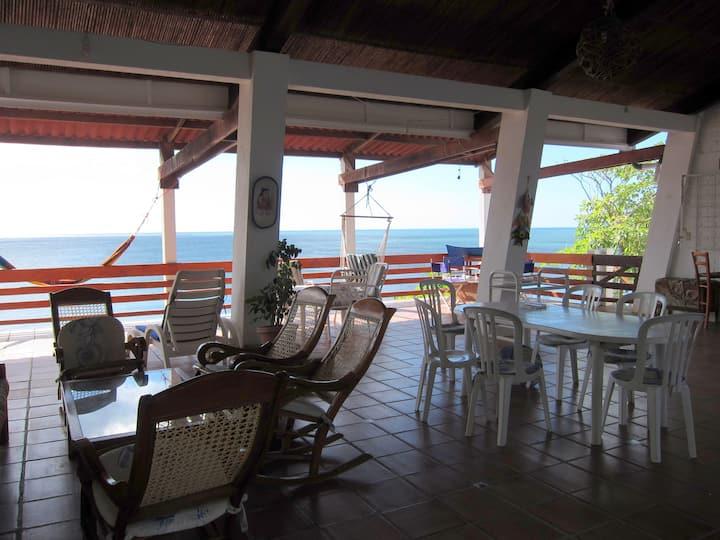 Beautiful beach house with an ocean view El Velero