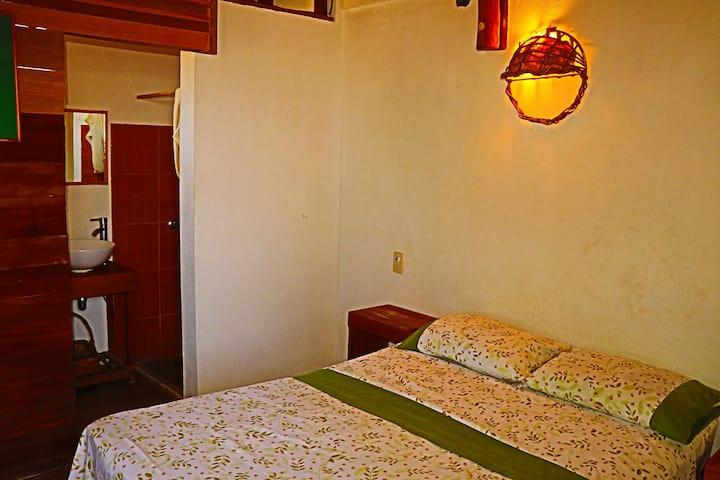 Room w/Bath Cafe Maya - Casa Acalli
