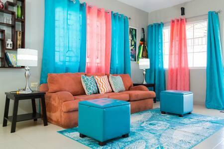 TMV Villa *2x Queen Bed*5mins from Beach