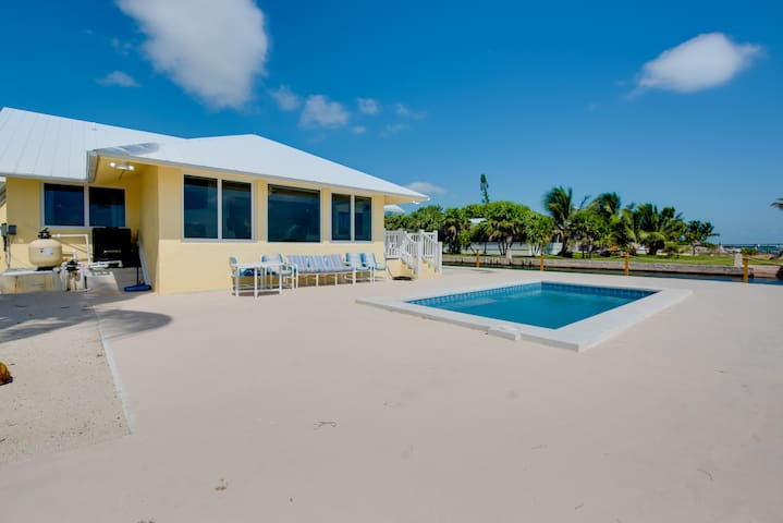 3/2 Atlantic Front Pool Home