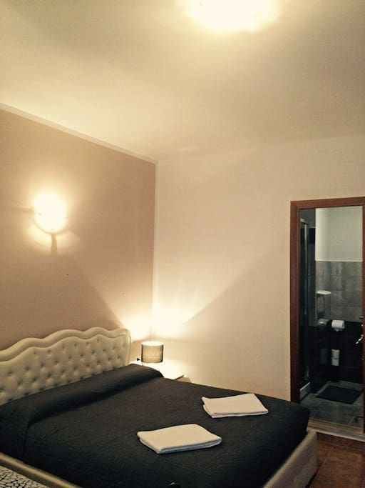 Rome center-Quadruple comfortable room with private internal bathroom
