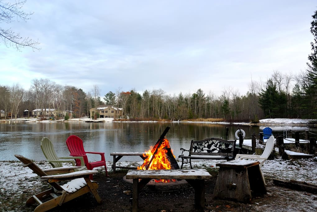Lake front cottage chalet in affitto a washago ontario for Piani di bungalow di 1500 m