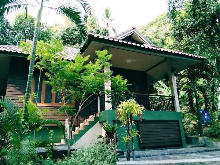 Ban Lamai (B5) Little Garden Retreat, Private Area