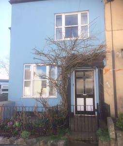 Wisteria Cottage - Charmouth - Casa