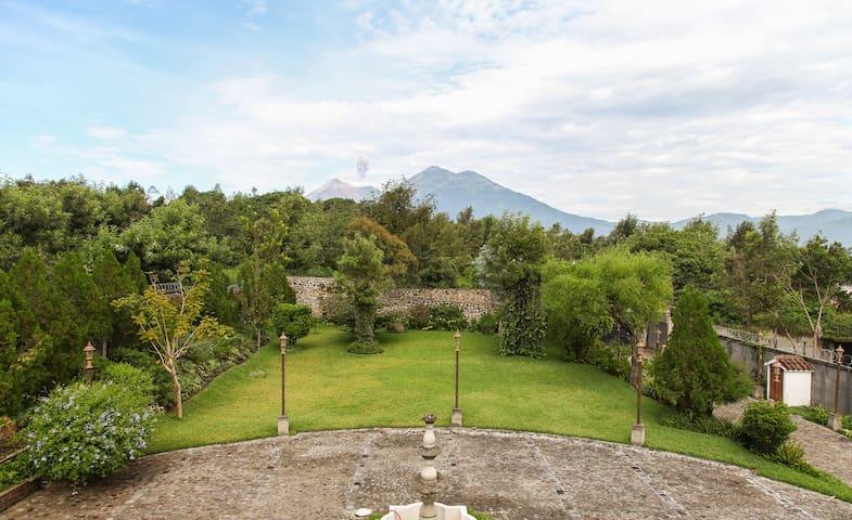 ~ Jardin Casa La Historia ~ COTTAGE ANTIGUA - Antigua Guatemala - Daire