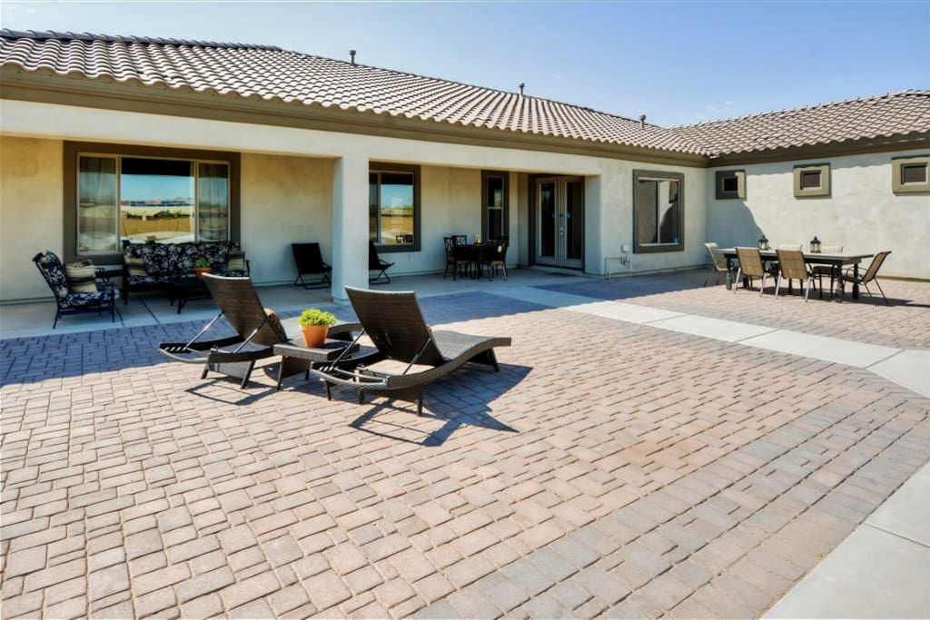 This extra large patio is the perfect place to soak up the Arizona sun!