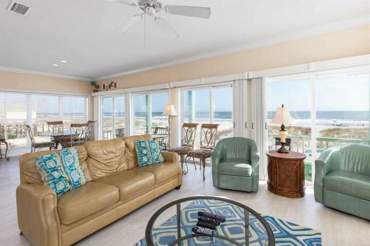 Sea Foam by Meyer Vacation Rentals 6 Bedroom 6 Bath Sleeps 19