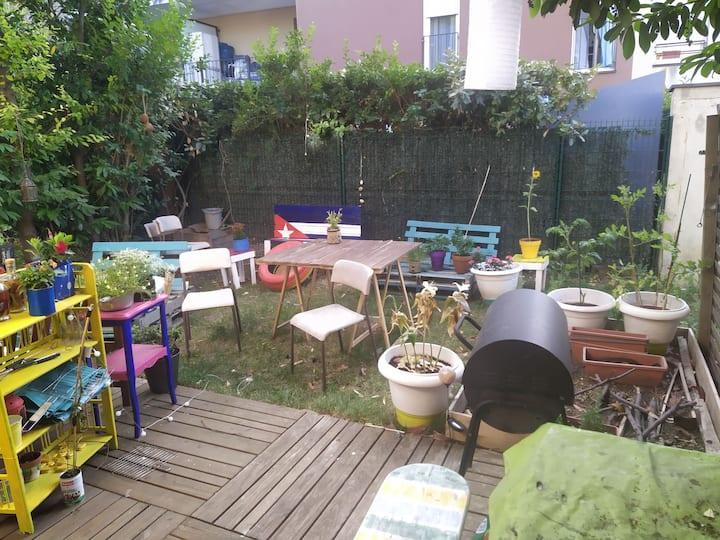 Chambre dans maison avec jardin 13min de chatelet