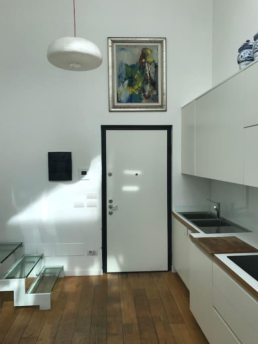 Entrance & Kitchen 1 st Floor