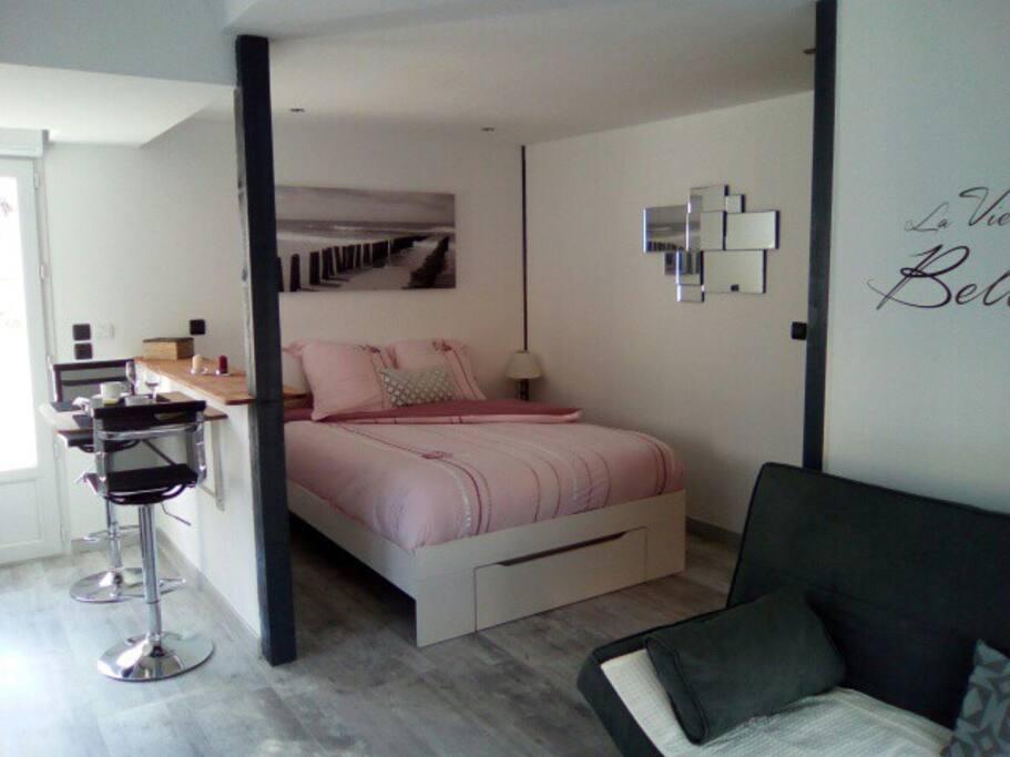 chambre de 25 m2 indépendante