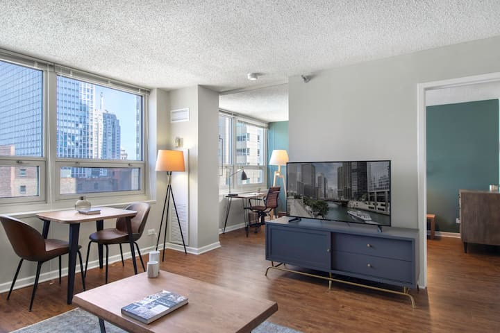 Open River North 1BR w/ Gym, W/D, near Magnificent Mile, by Blueground