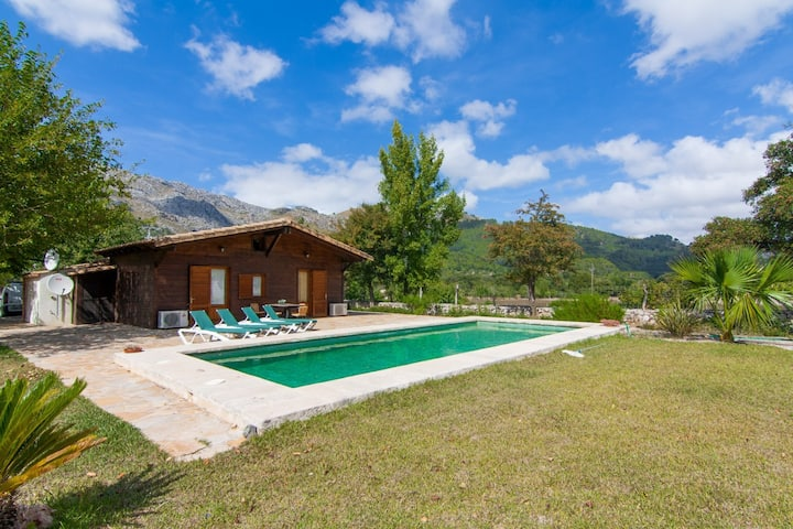 Fantastic finca with pool in Pollensa