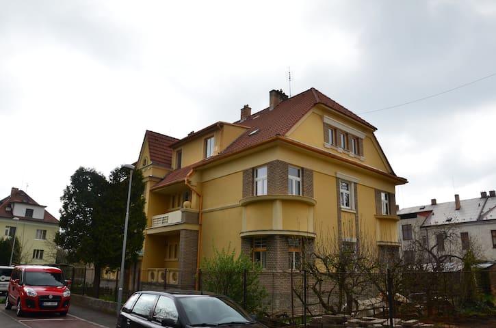 Ubytování u Husovy kaple - Třeboň - Apartament