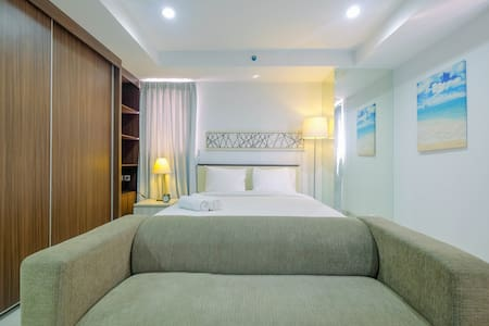 Trendy and Spacious Studio Azalea Suites Apartment
