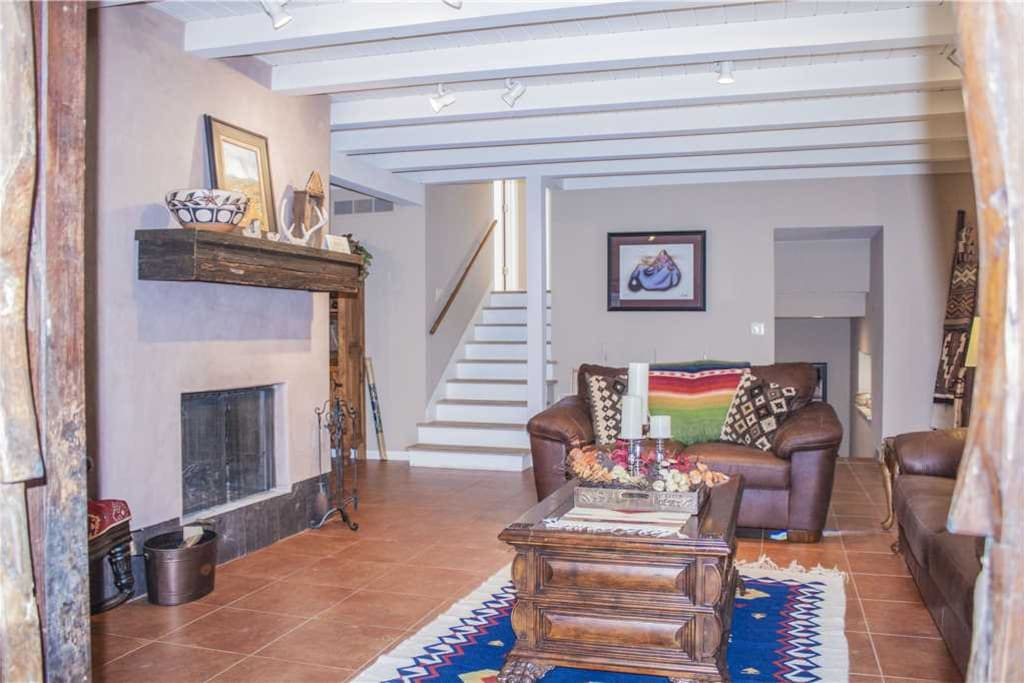 There is room for everyone - Enjoy the spacious living room, there's room for all!