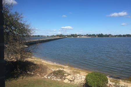 Beautiful Waterfront Townhome - Hampton - Rivitalo