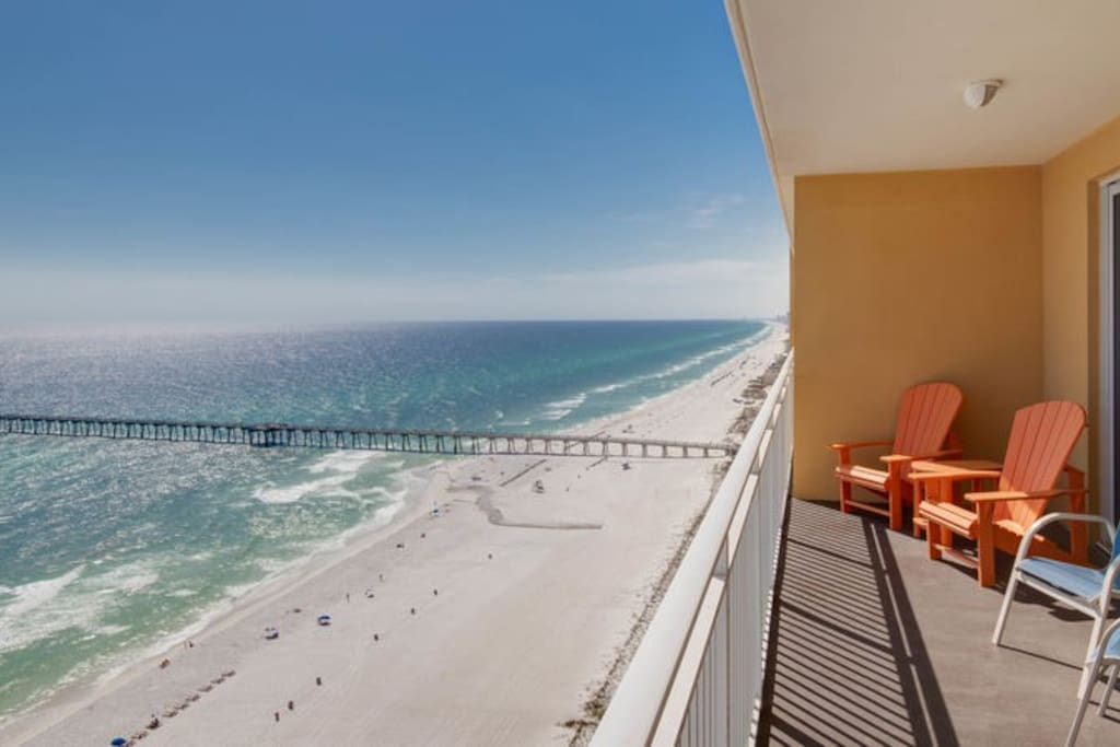 The Gulf of Mexico is breathtaking from the private balcony of Sterling Reef 1702