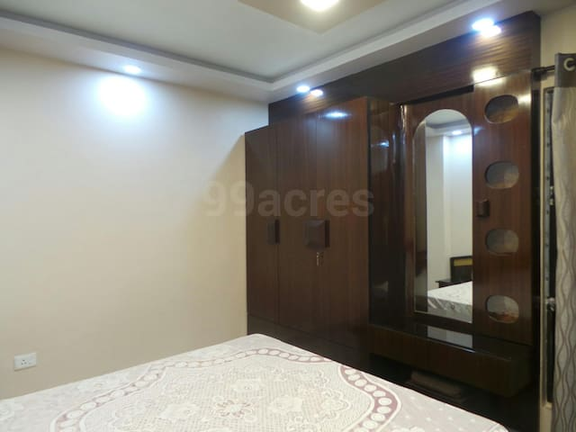3 BHK Kaikhali, Near Airport - Kolkata - Apartment