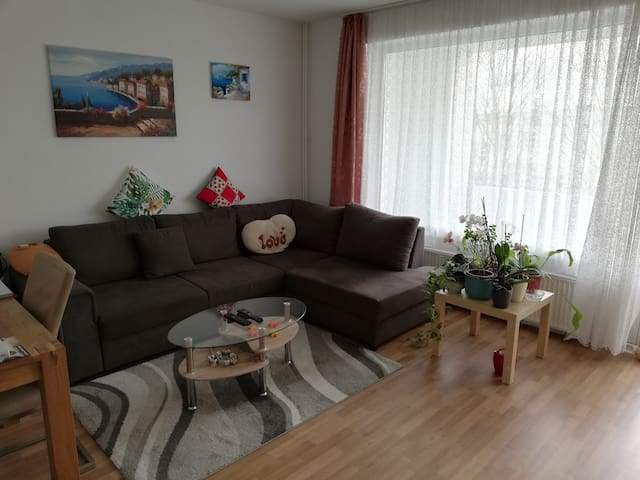 Apartment Flat / 1-5 persons / near fair