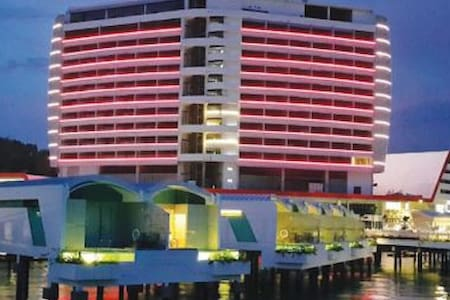 8%-20% Discount Hibiscus Full Sea View Sky Tower