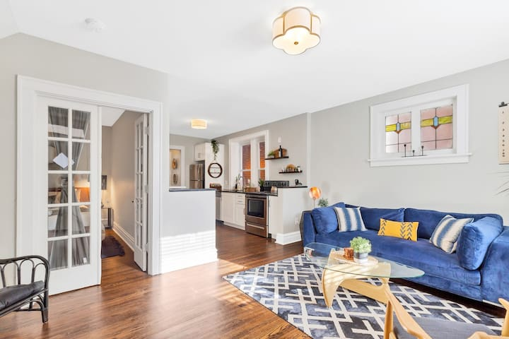 Walkable and Updated; In the heart of the Grove