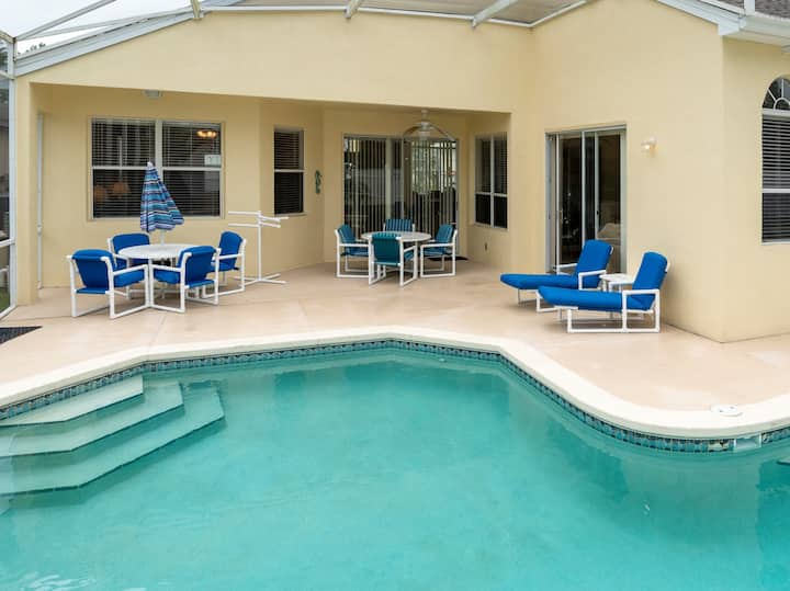 Comfortable newer vacation home with pool