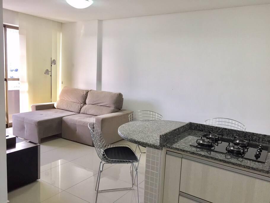 Integração cozinha/sala de estar.