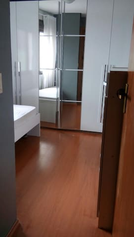 Quarto com vista para a cidade - Cachoeirinha - Appartement