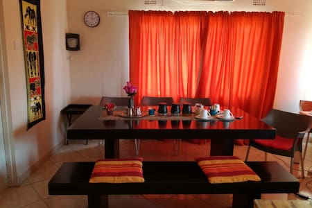 Chiloto Guest House