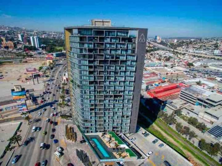 Beautiful and luxury condo ADAMANT TIJUANA floor18