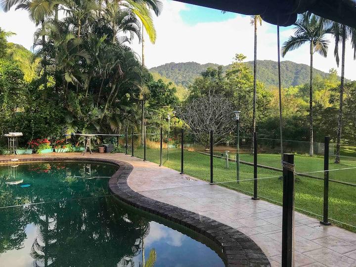 Mango Park Acreage Cairns★1Kingbed, pool, kitchen