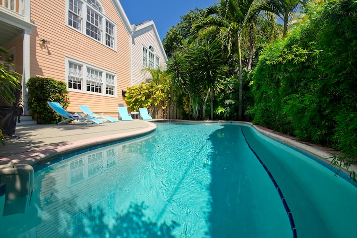 Secret Villa I