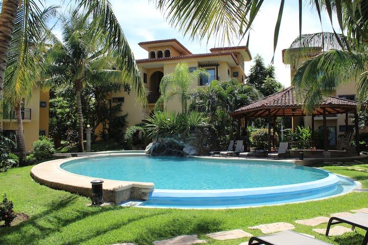 Cozy getaway 10 minutes from Tamarindo - Villareal - Condo
