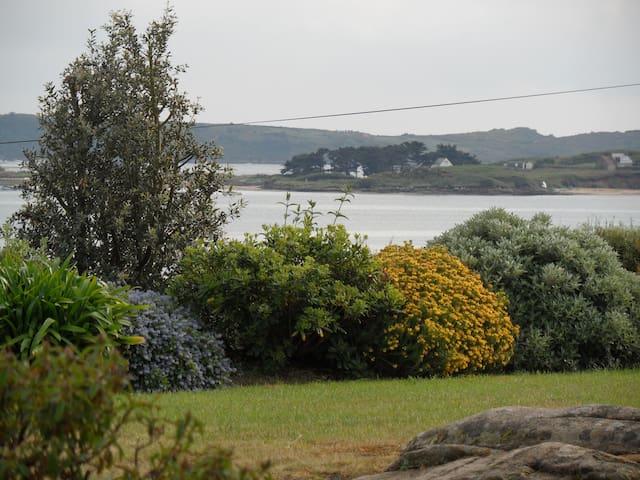Île Grande, maison, superbe Vue Mer, plages, WIFI. - Pleumeur-Bodou