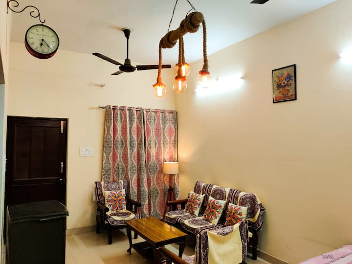 Nahil's - Furnished Bungalow with Security Gaurd.