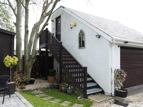 Suite 1, Coronation Cottage