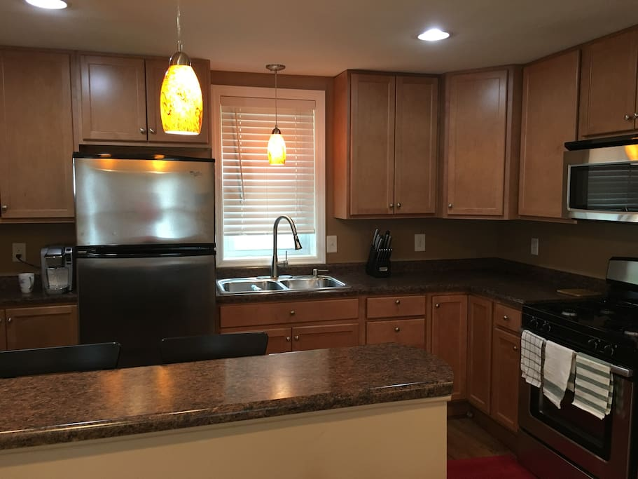 Full sized kitchen and freezer, oven and microwave.  Keurig single cup along with all the dish and cookware you may need during your stay.