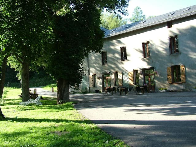 Gîte d'étape-restaurant-bar Ascou la Forge