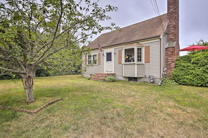 Pet-Friendly West Yarmouth Home - ½ Mi from Beach!