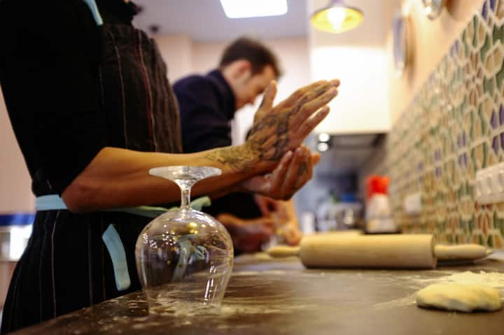 Learn the tricks of forming a dough