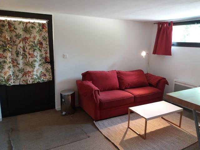 Appartement cosy en rez de jardin - basement flat