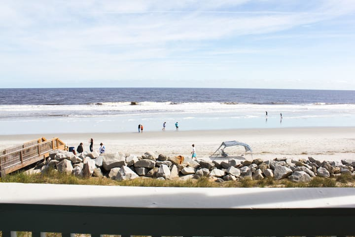 Beach, Please. Unbeatable Views, 2 bd, 2 bth - 캐롤리나 비치(Carolina Beach)