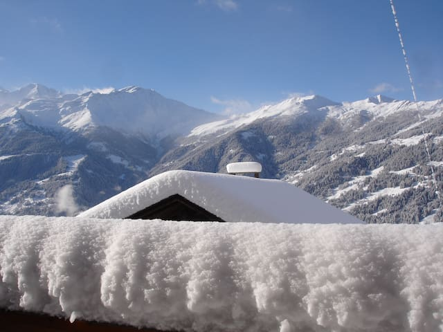 Chalet in Quiet Verbier Village - panoramic View - Bagnes - Haus